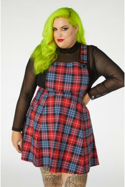 Babe Pinafore Curve